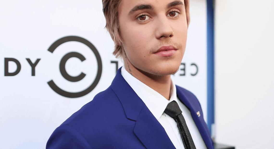 Justin-Bieber-Apology-Tour-Video
